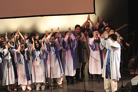 2006 Easter Choir2.JPG