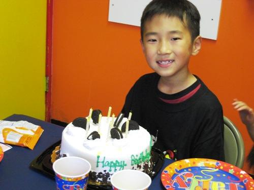 Elliot's Cake 08.JPG