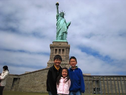Kids and Lady Liberty.JPG