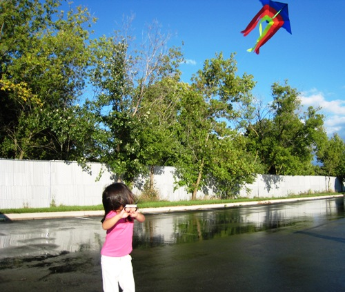 Kite Flying - KiKi.JPG