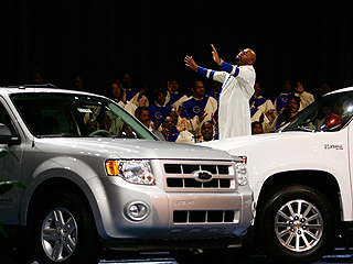 Pastor Praying over Cars.jpg