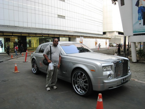 Rebi and Rolls Royce.JPG