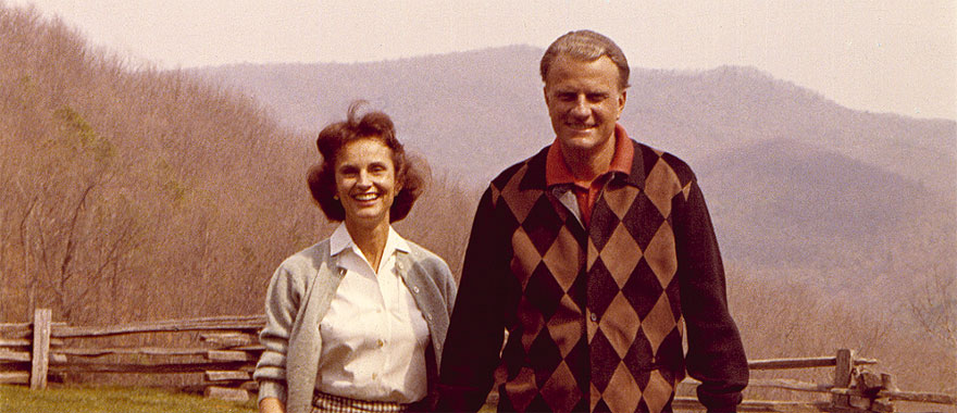 Ruth and Billy Graham.jpg
