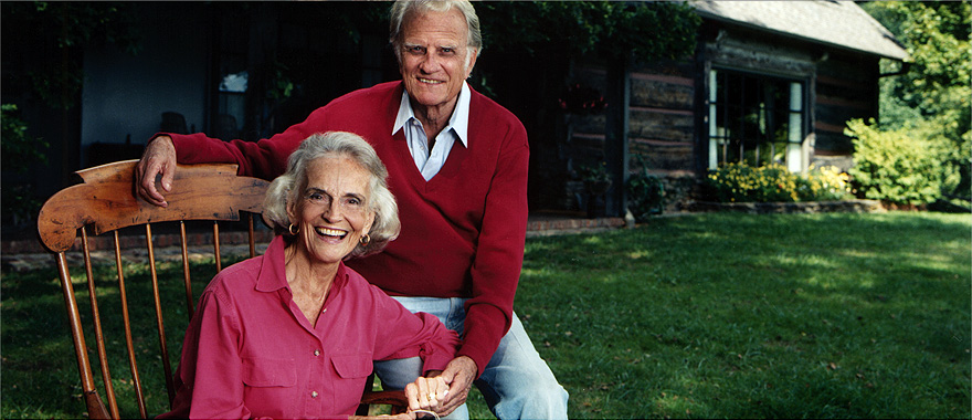 Ruth and Billy Graham2.jpg