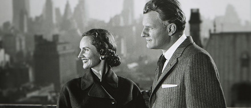 Ruth and Billy Graham3.jpg