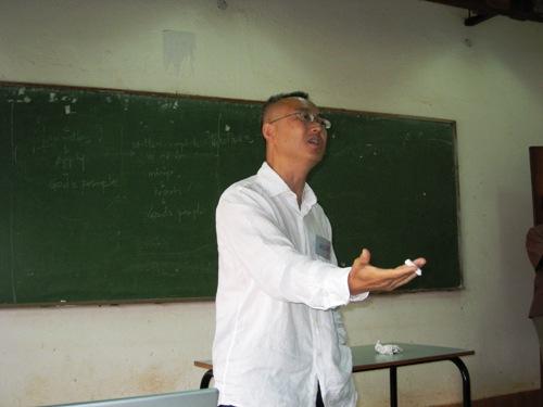 Vic Teaching.JPG