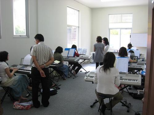 Worship School - piano.JPG