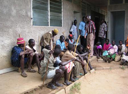 kenya_clinic_line.jpg