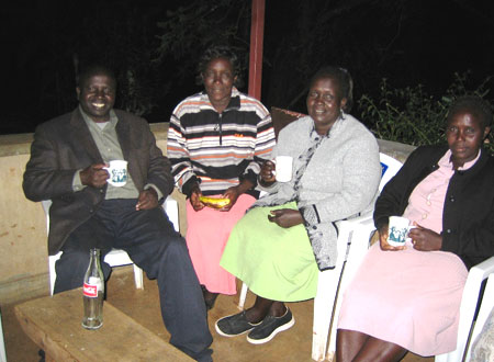 kenya_hosp_staff.jpg