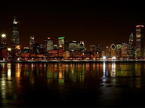 chicago-skyline-at-night