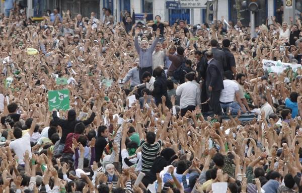 iran-election-crowd