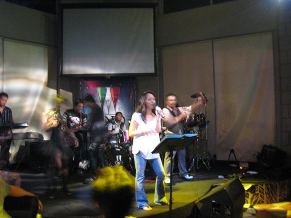 irene-singing