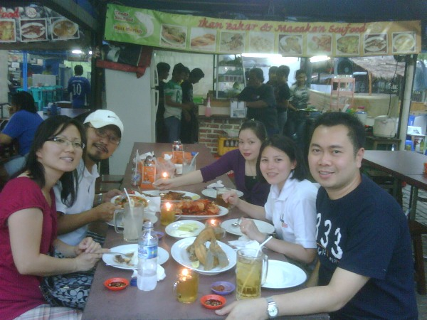 street-food-with-alumni