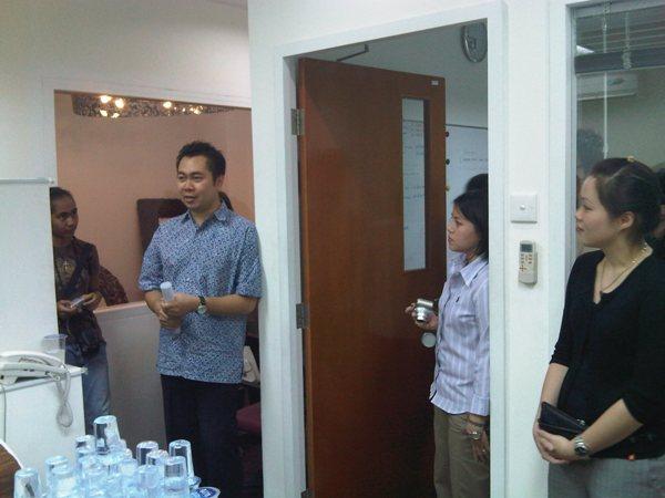 engels-office-gathering